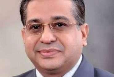 Best Knee Replacement Surgeon in Noida